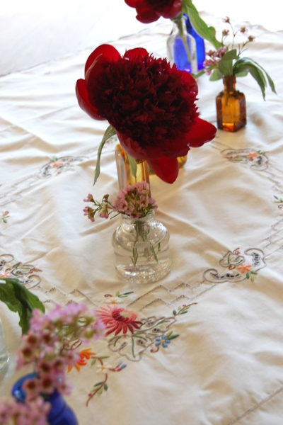 Easy and affordable tablescape for any occasion.