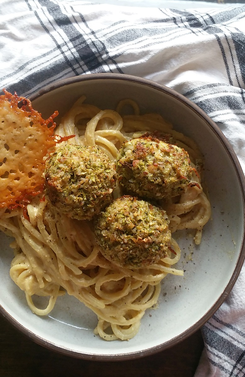 Broccoli Meatballs and Cashew Alfredo Sauce