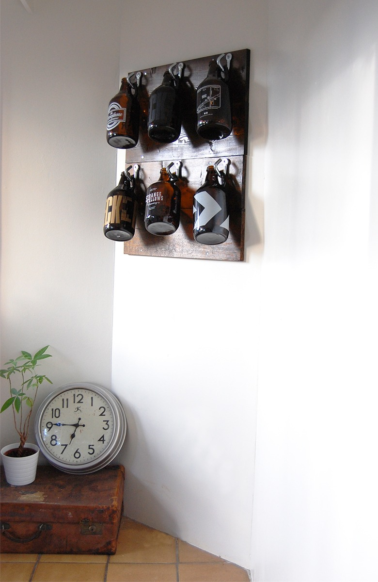 DIY Growler Feature Wall