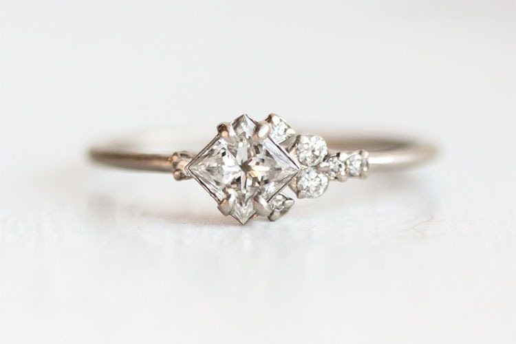 Engagement Rings Under $2000 – A Plentiful Life