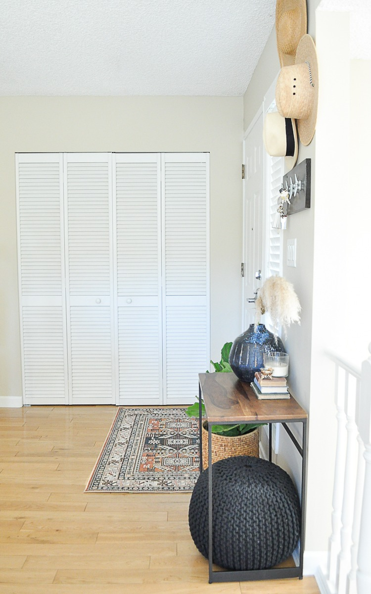 Entrway Makeover on a Budget
