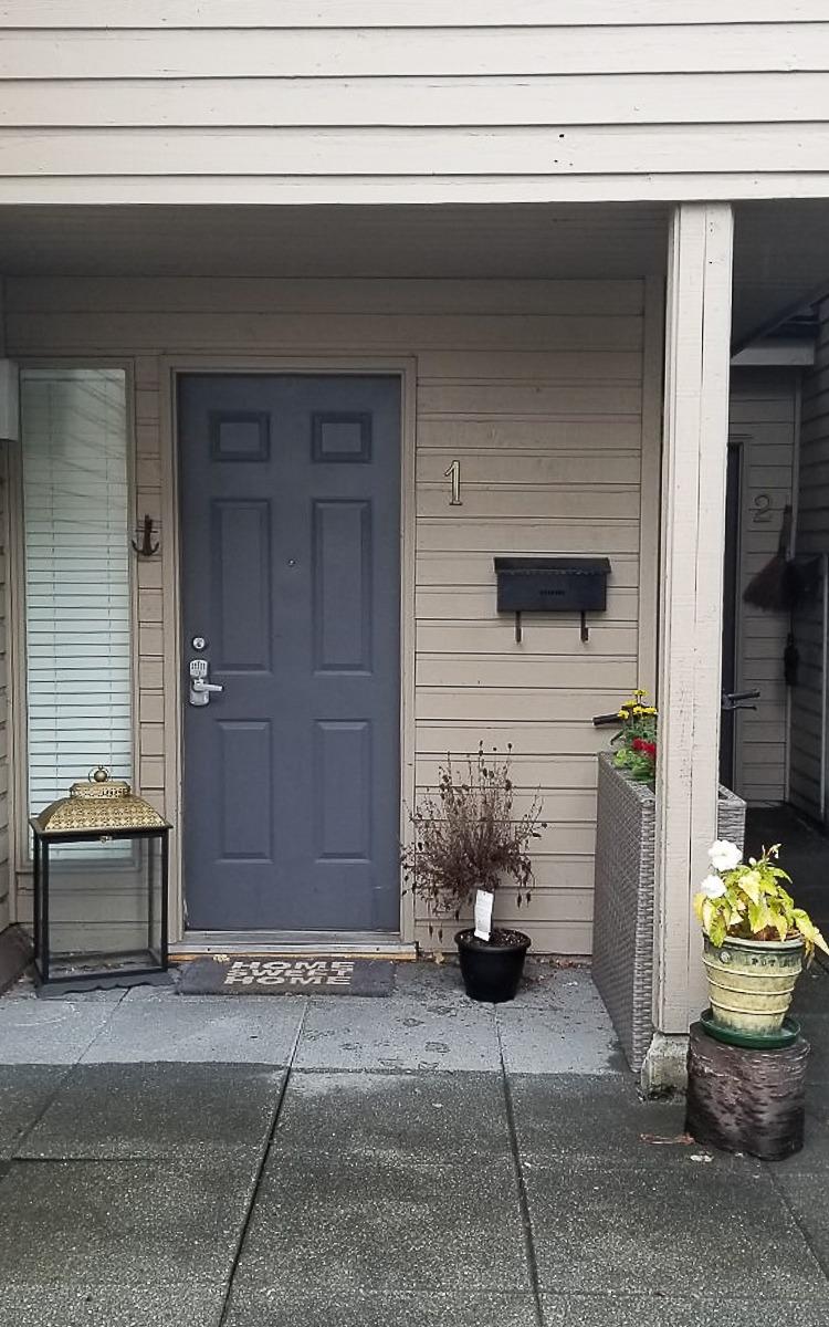 Fall front door makeover under $50