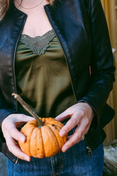 Pumpkins and fall OOTD