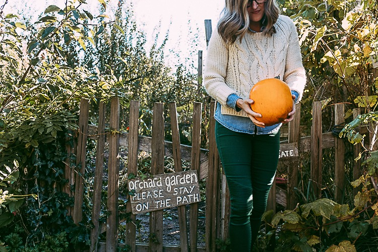 Fall OOTD with pumpkins and layers