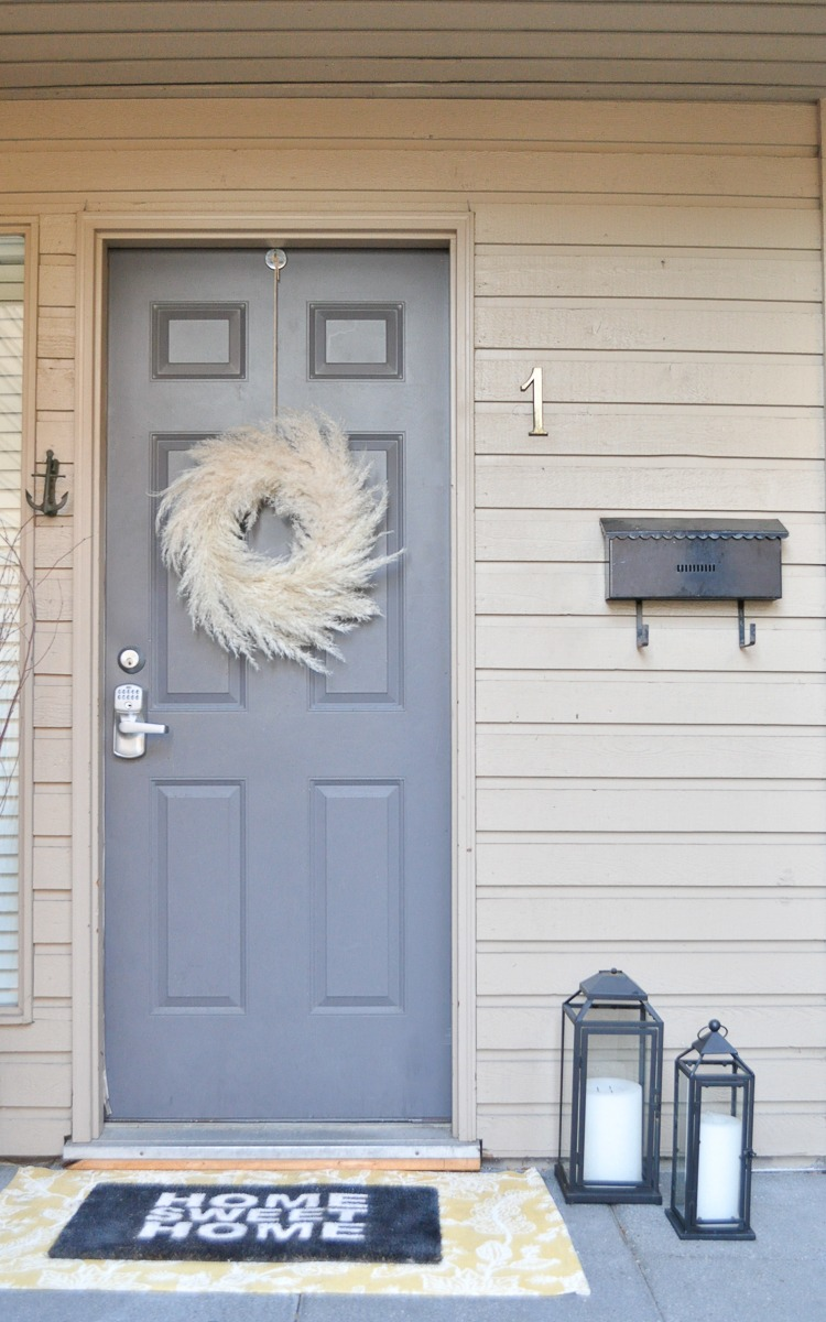 Easy DIY Pampas Grass Wreath