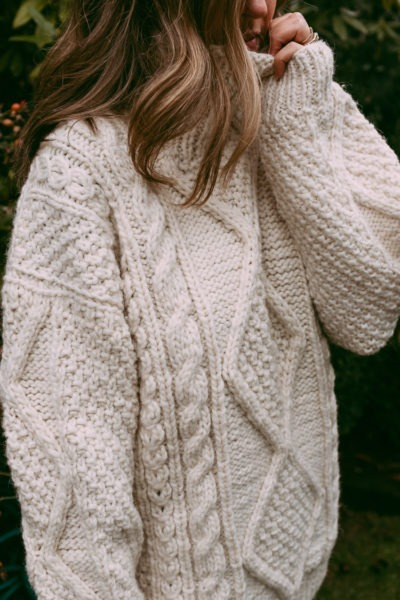 Oversized wool sweater for winter
