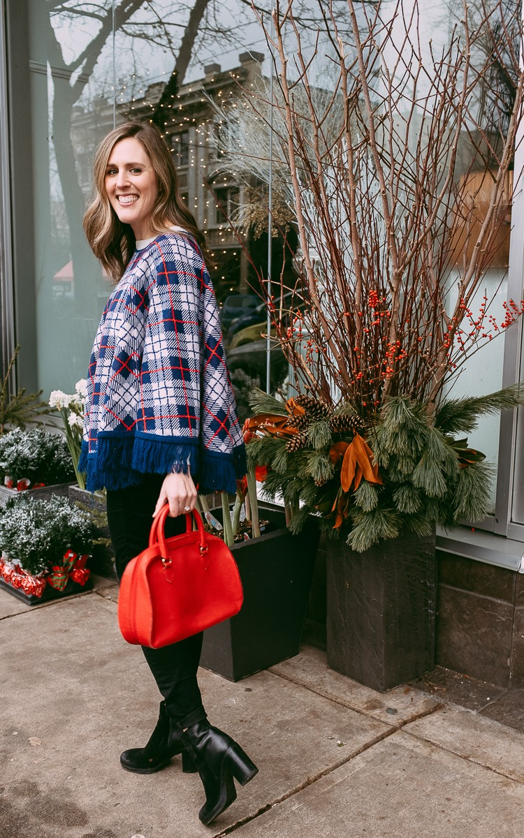 Vintage poncho and purse for winter OOTD