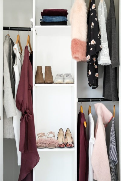 Travel wardrobe using a color palette