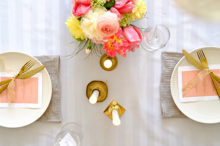 Easter table setting for a colourful easter
