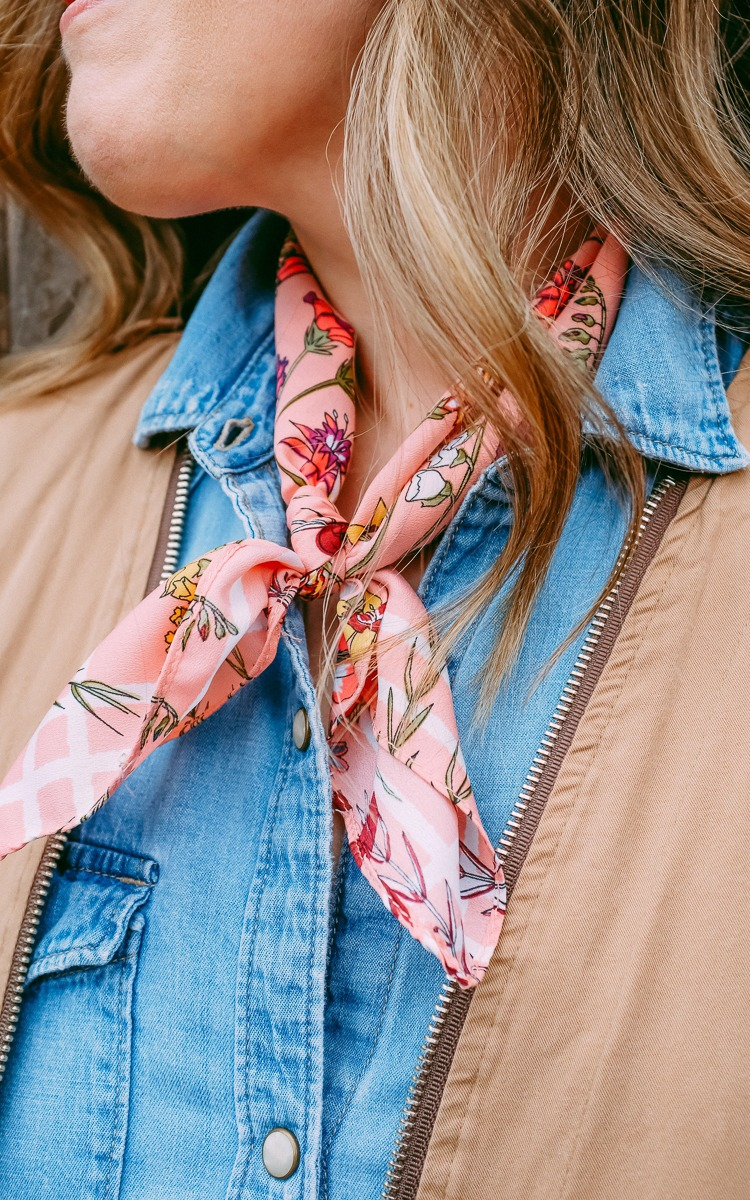 Lightweight jacket for spring with a pink scarf