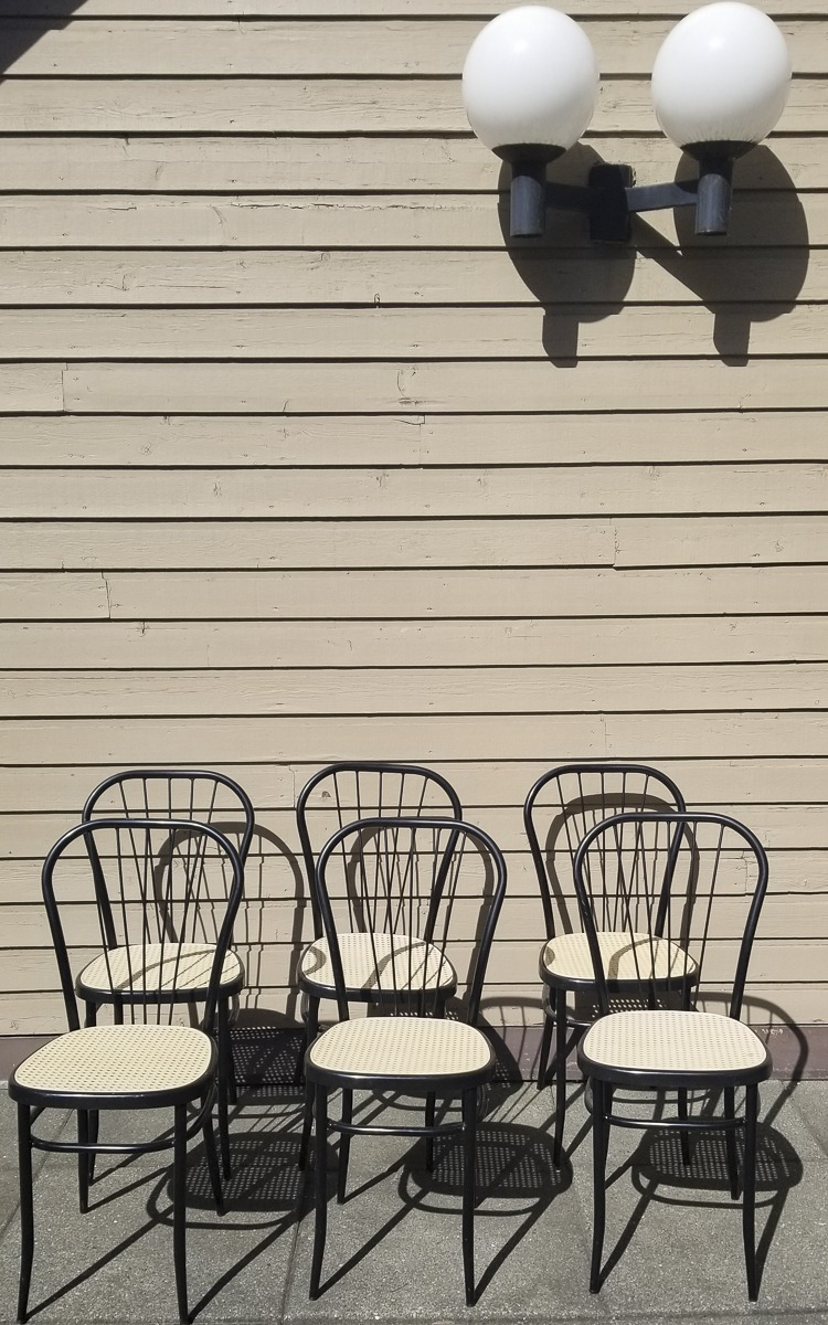 thrifted chairs for patio makeover