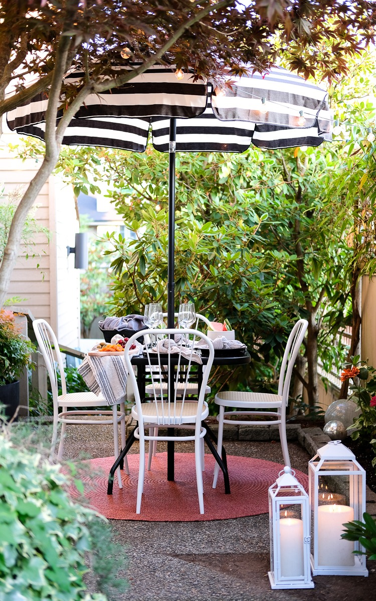 Outdoor Patio dining