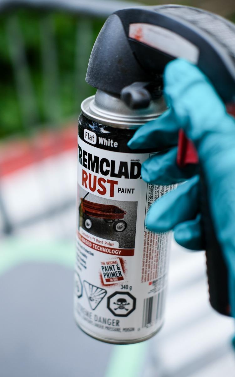 Tremclad paint