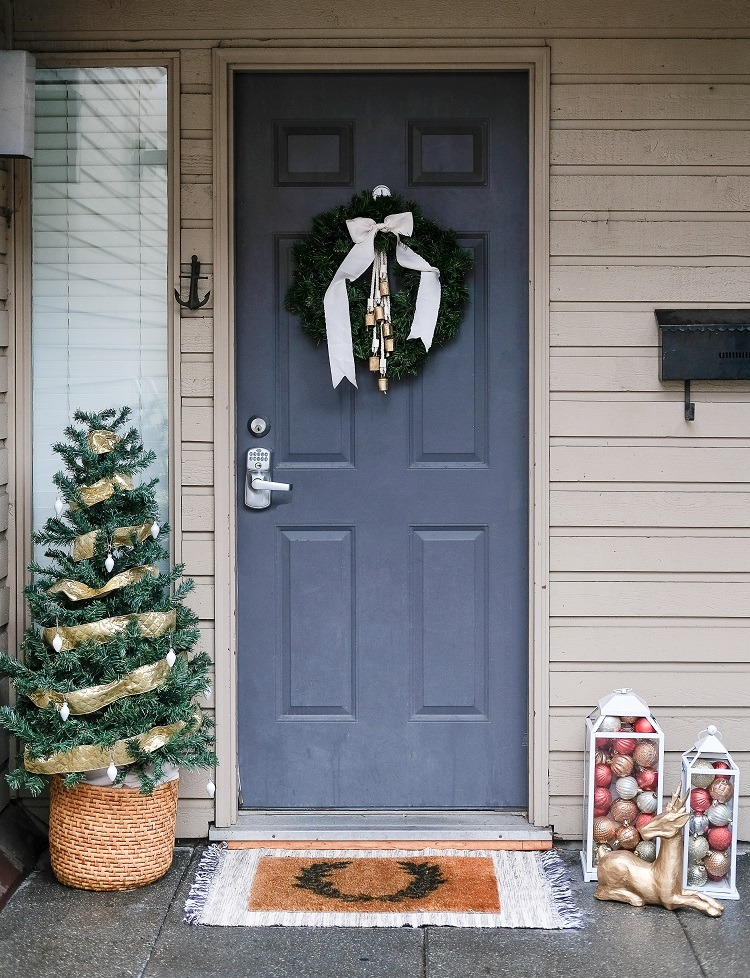 Holiday Front Step Decor