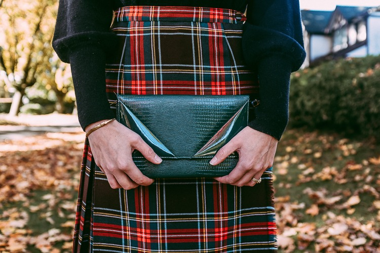 Fall OOTD featuring a vintage plaid skirt.
